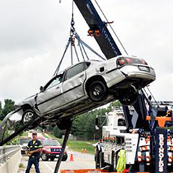Reynolds Towing Service - Tow Truck Mahomet IL, Towing