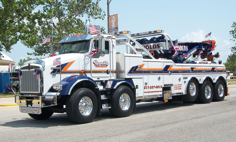 Reynolds Towing Service - Tow Truck Mahomet IL, Towing ...
